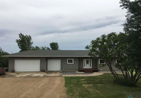 48530 261st St, Valley Springs, SD 57068
