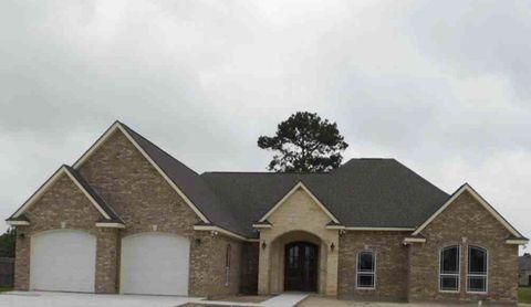 Photo of 1600 Vincent Pl, Port Neches, TX 77651