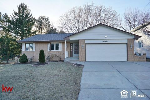 3911 S 78th St, Lincoln, NE 68506