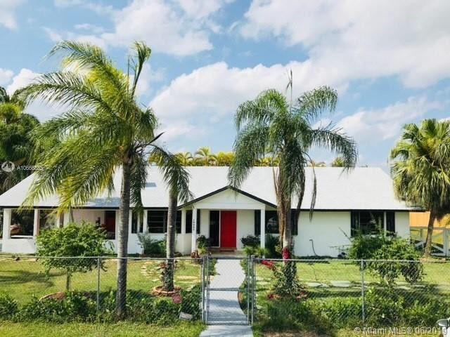 18445 SW 268th St Homestead, FL 33031
