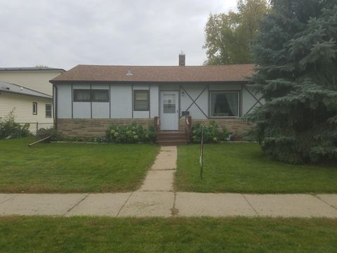 Photo of 213 6th Ave W, West Fargo, ND 58078