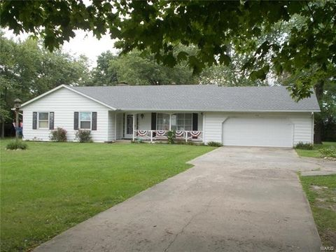 13135 State Route 13, Coulterville, IL 62237