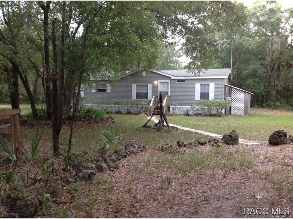 15464 W Rooster Crow Rd, Inglis, FL 34449