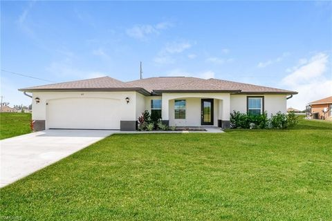 Photo of 410 Nw 24th Ter, Cape Coral, FL 33993