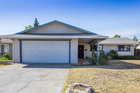 Photo of 3560 Gemini Way, Sacramento, CA 95827