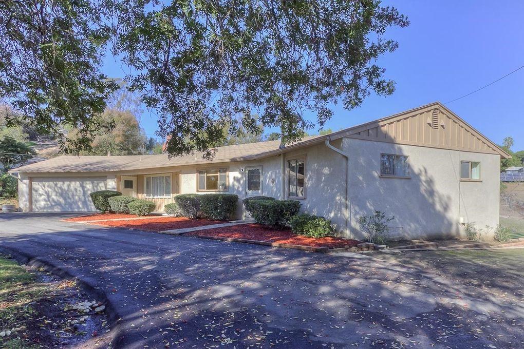 9818 LA Cresta Rd Spring Valley, CA 91977
