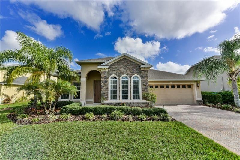 2104 Osprey Woods Cir, Orlando, FL 32820