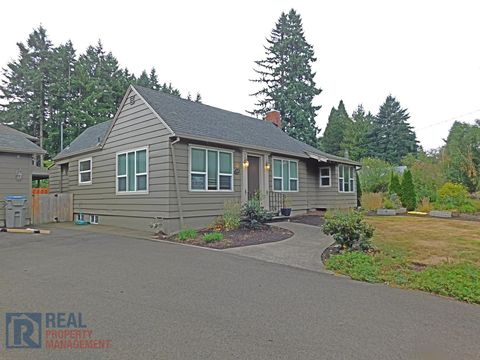 Photo of 9300 Sw Edgewood St, Tigard, OR 97223