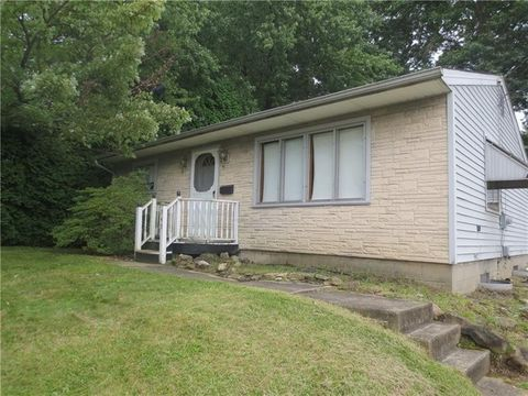 949 Coleman Ave, Sharpsville, PA 16150