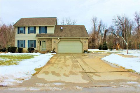 Photo of 12351 N Creek Bend Ln, Milford, IN 46542