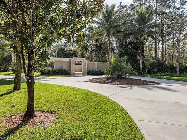 6070 Standing Oaks Ln, Naples, FL 34119