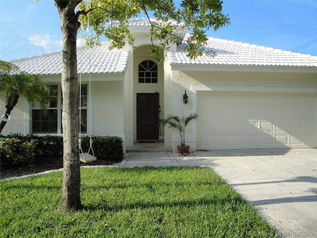 10259 Brookville Ln, Boca Raton, FL 33428