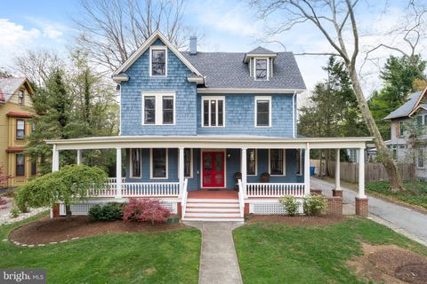 Photo of 49 E Central Ave, Moorestown, NJ 08057