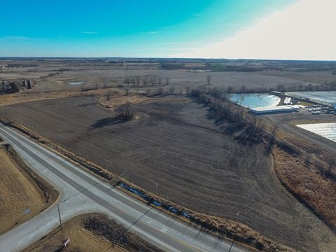 14 N705 Us Highway 20, Hampshire, IL 60140