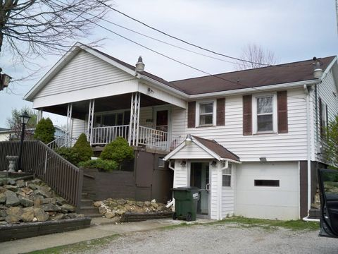 Photo of 615 East St, Hopedale, OH 43976