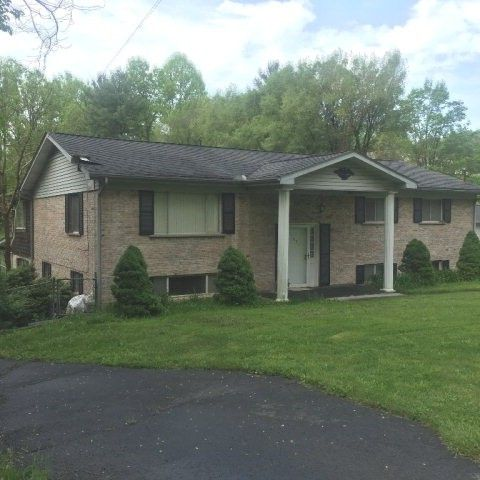 Homes for sale near maxwell hill rd beckley wv realtor for Home builders beckley wv