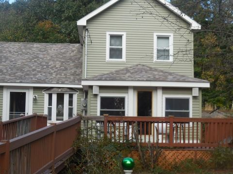 Photo of 292 Route 20, Chester, MA 01011