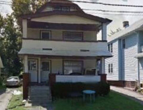Photo of 2605 Natchez Ave, Cleveland, OH 44109