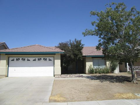 2448 Tierra Ct, Rosamond, CA 93560