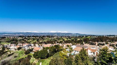 Photo of 6455 E Oakview Ln, Anaheim Hills, CA 92807