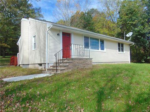 888 Winterton Rd, Bloomingburg, NY 12721