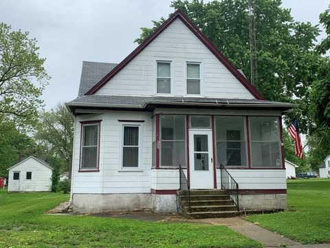 Photo of 205 N Green St, Melvin, IL 60952