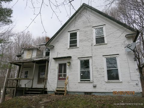 Photo of 77 Zions Hill Rd, Dexter, ME 04930