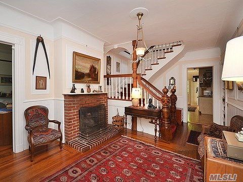 Exceptionnel 111 Downing Ave, Sea Cliff, NY 11579