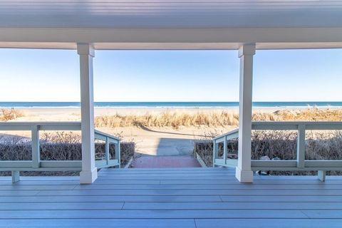 109 Beach Ave, Hull, MA 02045