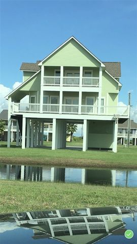 3166 Sea Castle, Crystal Beach, TX 77650