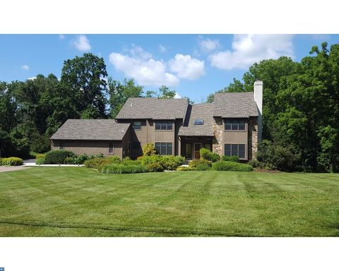 392 Spring Mill Rd, Chadds Ford, PA 19317