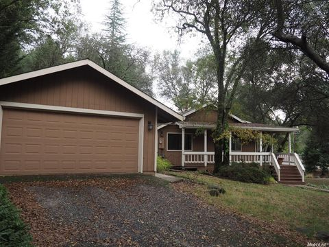 11345 Sandpiper Way, Penn Valley, CA 95946