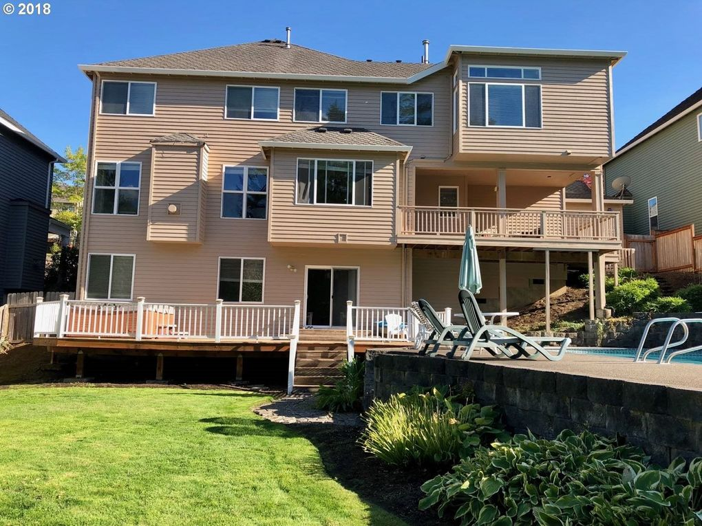 13687 Sw Essex Dr, Tigard, OR 97223