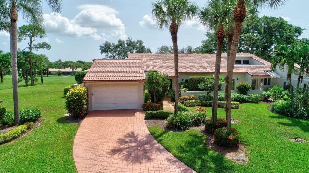 11 Glens Dr W, Boynton Beach, FL 33436