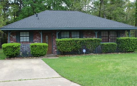611 Shell Ave, Cleveland, TX 77327