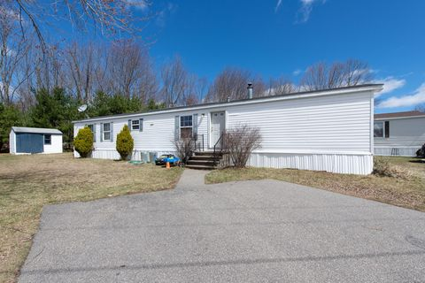 Photo of 57 Pine Hill Mhp Rd, Berwick, ME 03901