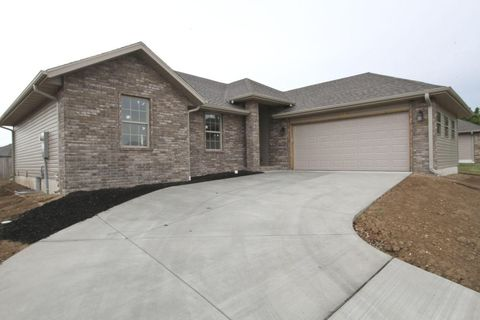 2045 Pebble Ridge Rd, Springfield, MO 65807