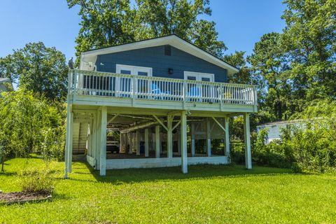 Photo of 1534 N Avalon Cir, Charleston, SC 29407