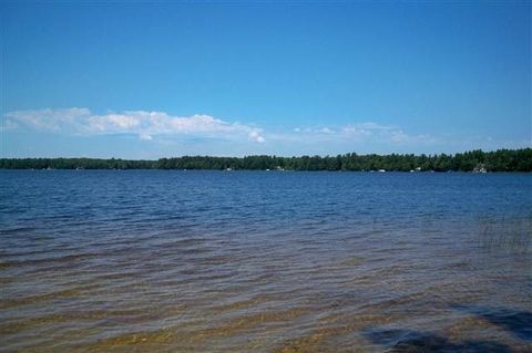 Round Lake 42nd Rd, Wetmore, MI 49895