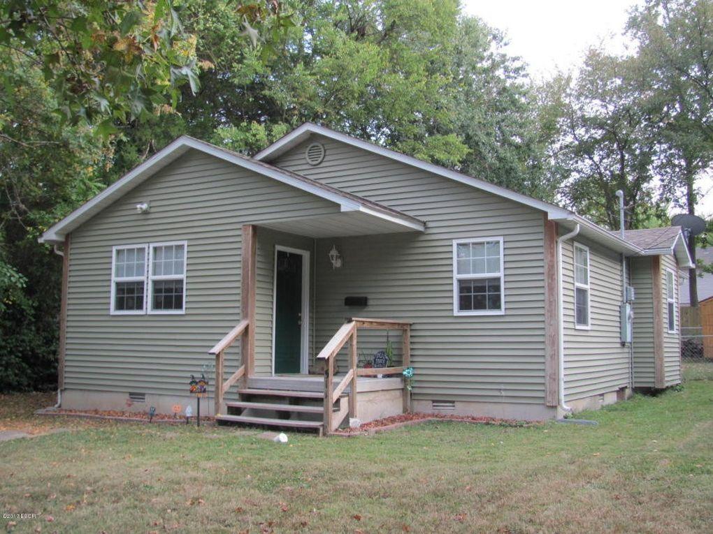 511 W Rigdon St Carbondale, IL 62901