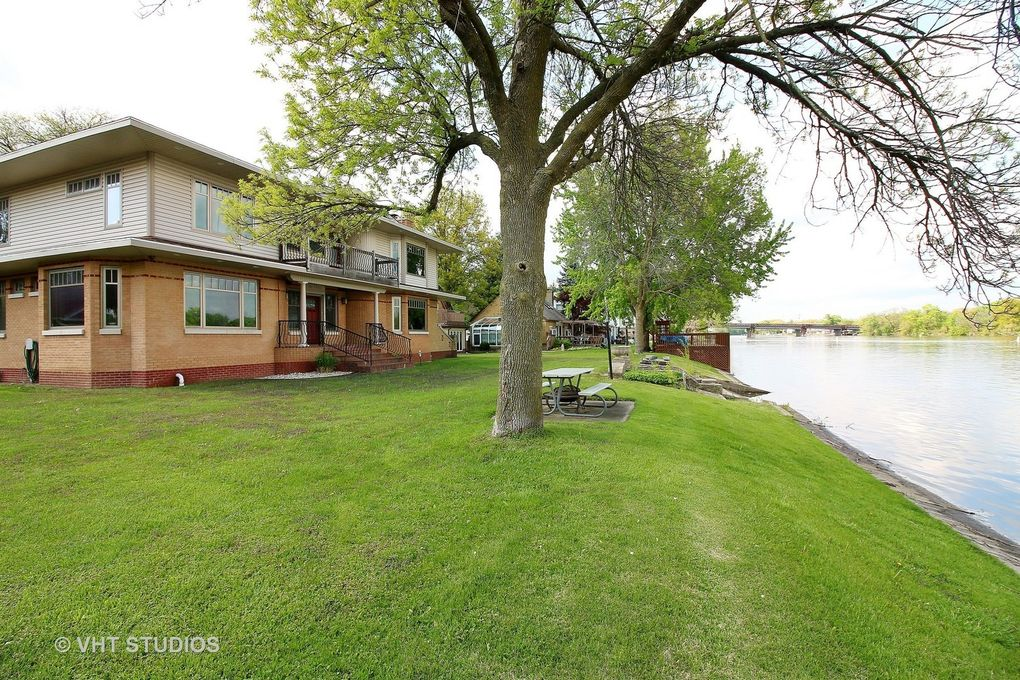 10 Country Club Beach Rd, Rockford, IL 61103 - 10 Country Club Beach Rd, Rockford, IL 61103 - Realtor.com®
