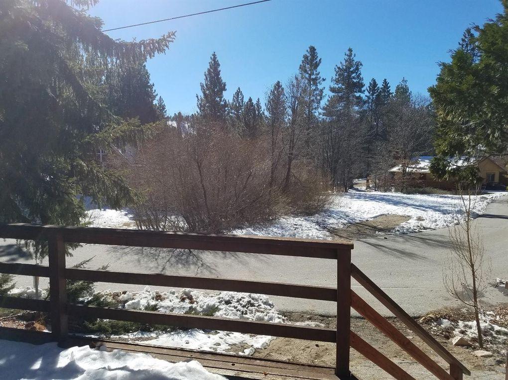 33452 Fern Dr, Green Valley Lake, CA 92341