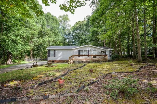 139 Red Oak Dr, Statesville, NC 28677 - realtor.com®  X Sq Yards Home Designs Html on