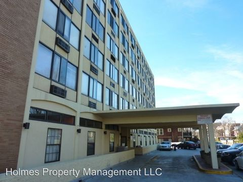 Photo of 1700 W Clinch Ave Apt 608, Knoxville, TN 37916