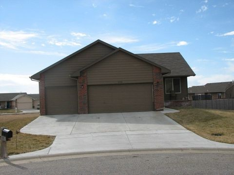 6532 N Upchurch Ct, Park City, KS 67219
