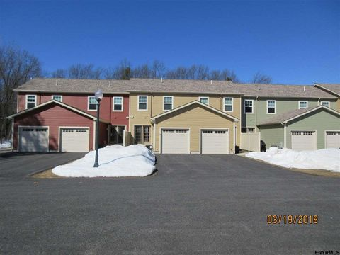 7 Linden Ln, Ballston Spa, NY 12020
