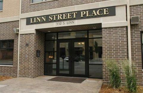 Photo of 332 S Linn St Apt 304, Iowa City, IA 52240