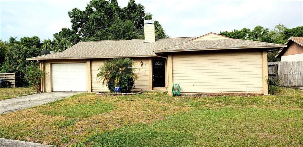 8010 Woodvine Pl, Tampa, FL 33615