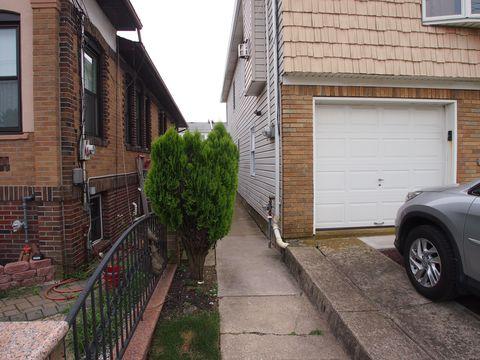 Photo of 60 Garibaldi Ave, Staten Island, NY 10306
