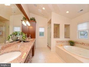 162 Jefferson Rd Princeton Nj 08540 Bathroom